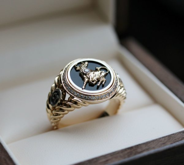 Перстень с печаткой