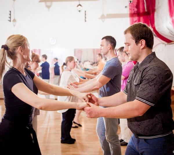 Поход на совместный мастер-класс по танцам