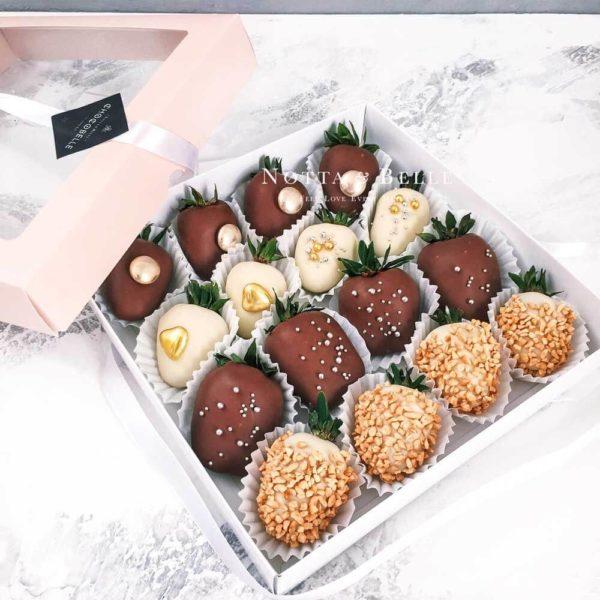 Наборы фруктов в шоколаде